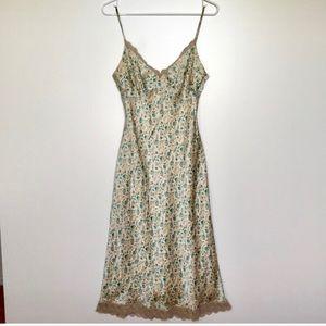 Vintage Laundry Shelli Segal 100% Silk Slip Dress